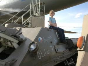 Návštěvník na SU-100